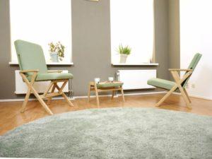 [設計家具推薦]一張椅子兩種『坐』法,小坪數客廳必備良椅-Hybrid chair