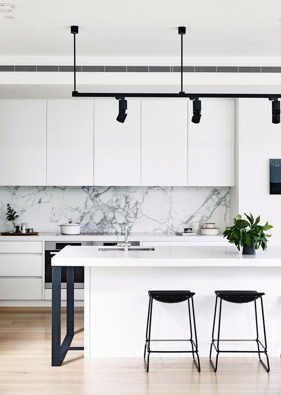 【廚房佈置】炎熱的夏天來襲,如何營造『涼』好的廚房環境?