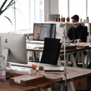 how-to-set-up-your-desk-ergonomically